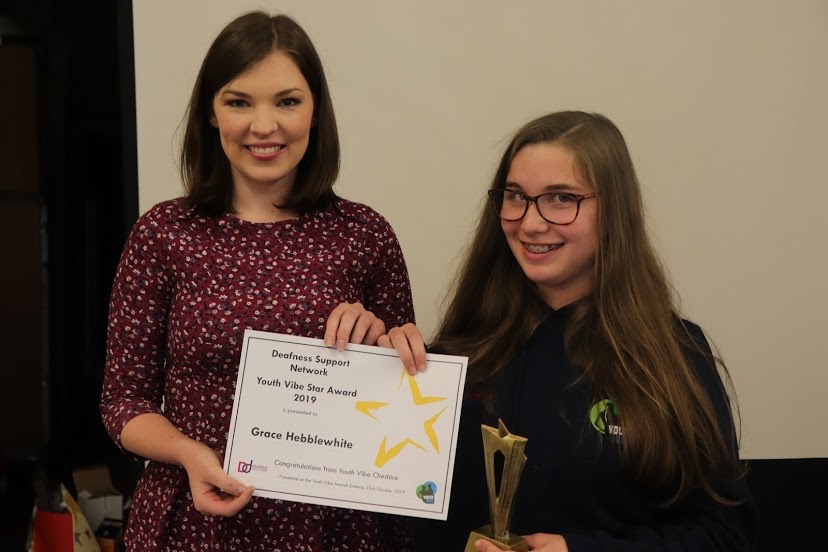 News Star Helps Youngsters Celebrate Special Awards